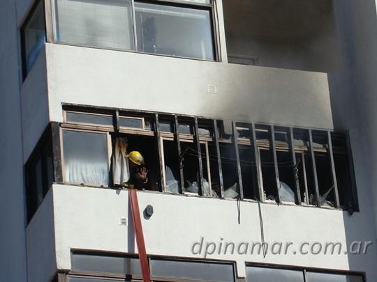 bomberos-incendio_04